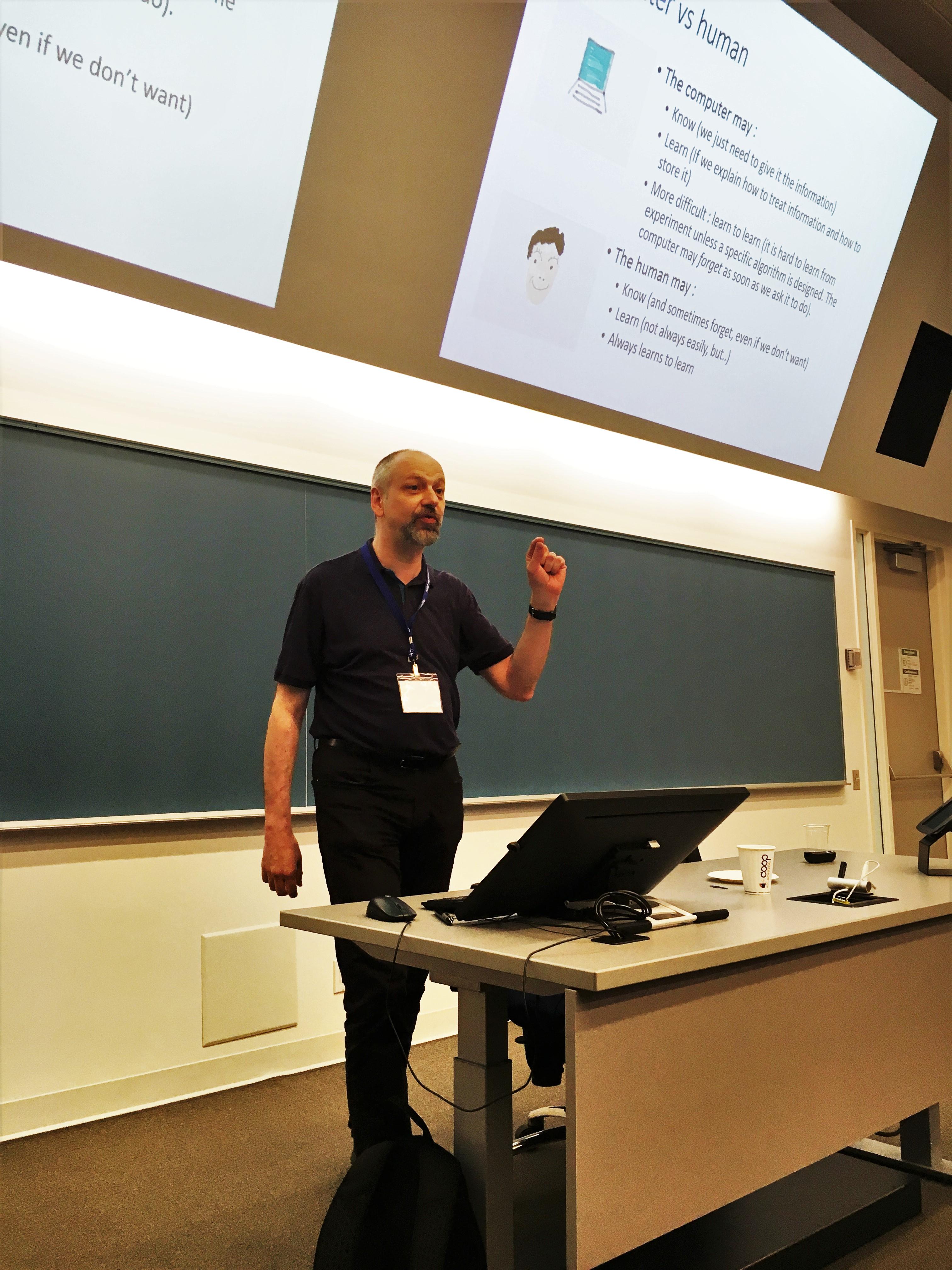 Gilles Caporossi, professeur titulaire à HEC Montréal